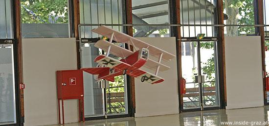 Modell-Flugvorführung