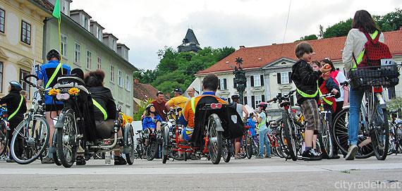 Start und Ziel beim Karmeliterplatz