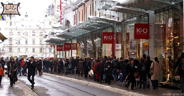 Advent: Menschen vor Kastner & Öhler