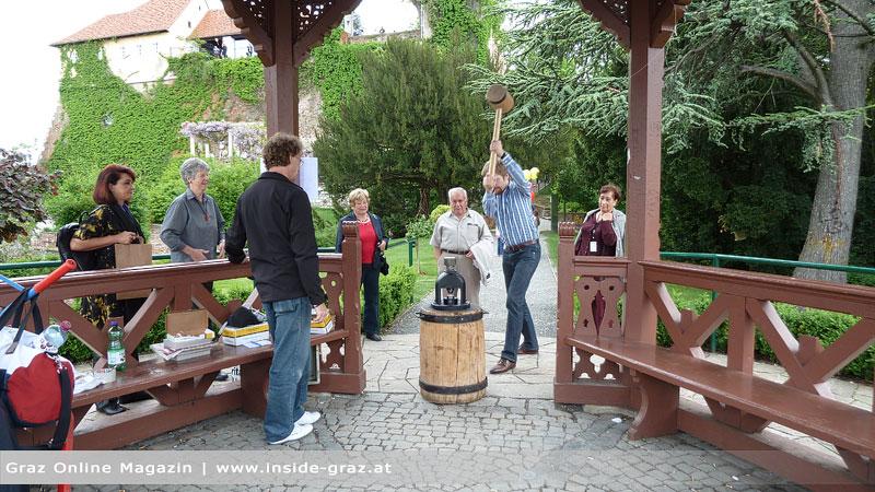 Familien eroberten den Schloßberg beim Schloßbergfest