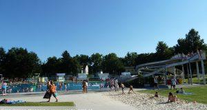 Hitze Sommer Schwimmbad