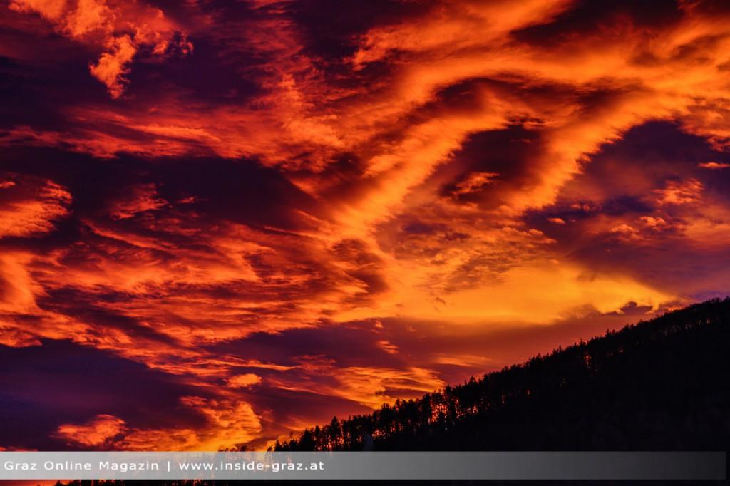 Sonnenuntergang Graz Wolken