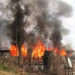 Dachstuhl brannte in der Steinbergstraße