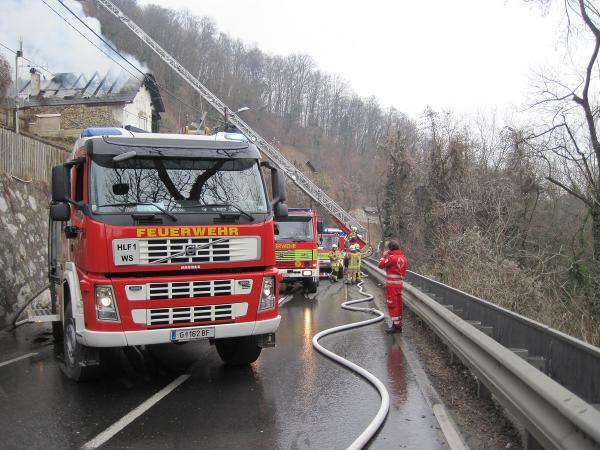 verkehrsbehinderung feuerwehr steinbergstrasse