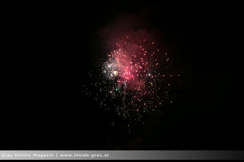 feuerwerk-graz-strassgang-2396