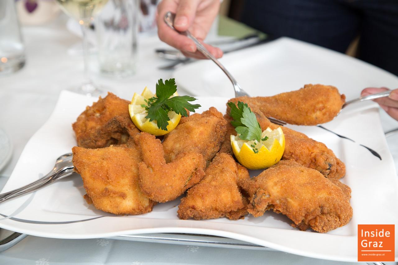 Backhendl essen in Graz Gasthäuser, Restaurants & Lokale