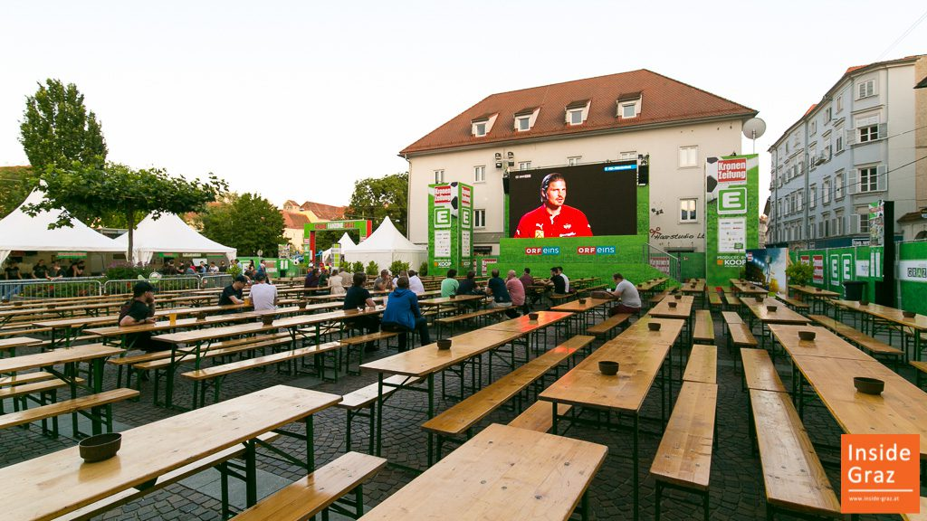 Public Viewing Mariahilferplatz