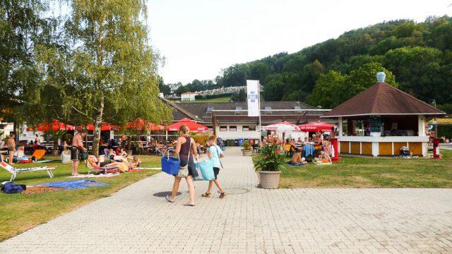 Schwimmbad Liegeplatz