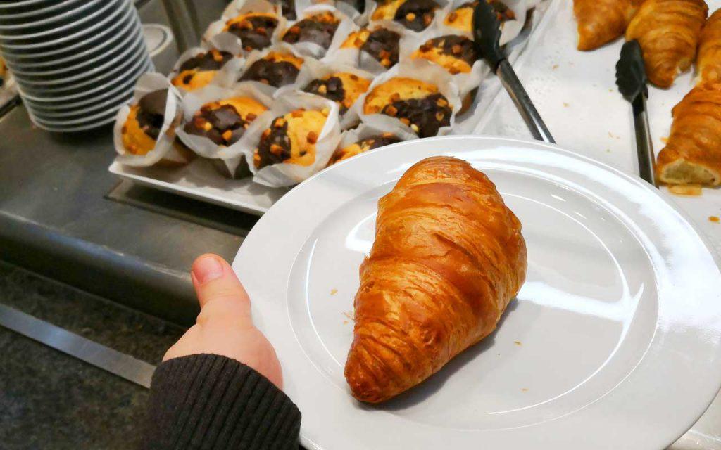 Frühstücken bei Ikea