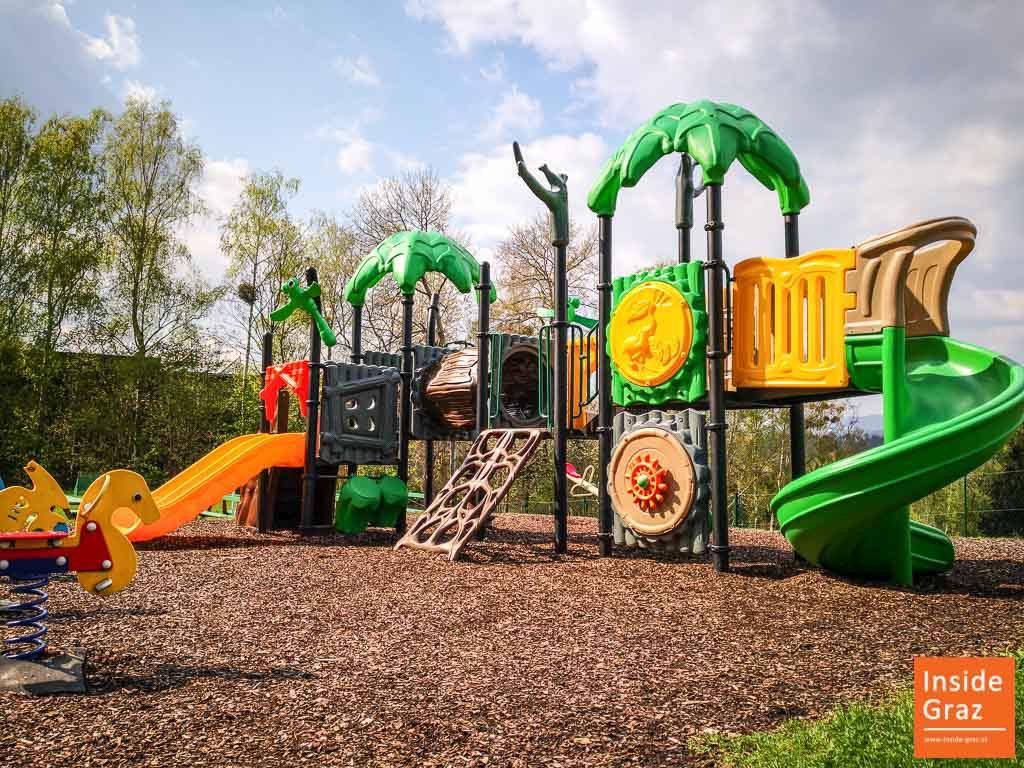Landhaus Ruckerlberg Kinderspielplatz