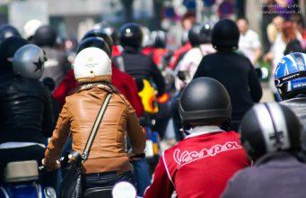 Schutzausrüstung Moped Motorrad