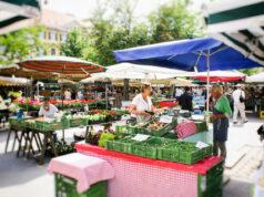 Einkaufen am Bauernmarkt in Graz