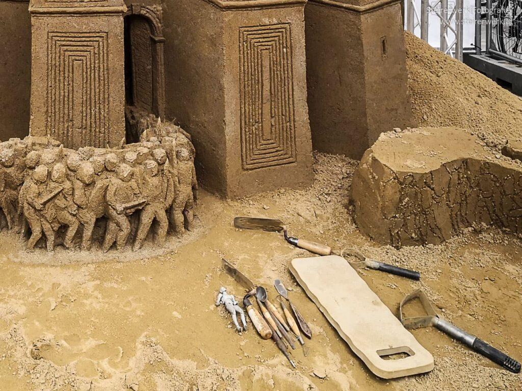 Leonardo Ugolini working with sand