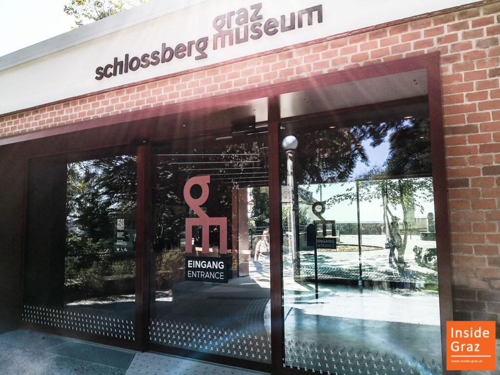 Eingang zum Graz Schlossberg Museum