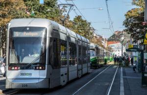 Summer in the City Straßenbahn